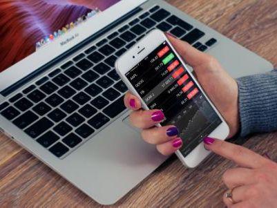 券商7月财务数据点评:券商利润正反馈延续,阶段行情仍在途中