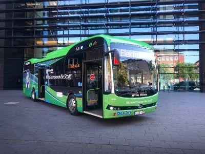 比亚迪(01211)新能源车交付德国市场 中国智造挺进全球汽车工业强国