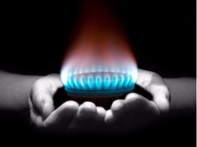 汇丰研究:新奥能源(02688)销气量及毛利率令人鼓舞  微升目标价至100元