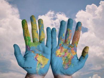 世界经济论坛报告:卫生事件加剧贫富差距,或将在未来三至五年内阻碍全球经济发展