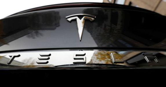 特斯拉(TSLA.US)又一波利好!电动皮卡中国开订:三款车型、订金1000元