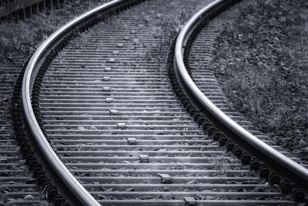 摩根大通于11月13日减持中国铁建(01186)1387万股,每股作价10.39港元
