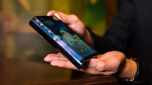 高盛:三星折叠手机对苹果(AAPL.US)是个大麻烦 领先对手至少两年