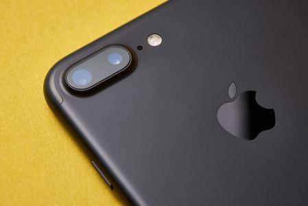 苹果(AAPL.US)奖励康宁(GLW.US)2.5亿美元 以强化供应商基础及支持新品研发