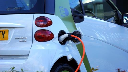 美股异动 | 新能源车中概股走高,小牛电动(NIU.US)涨近6%