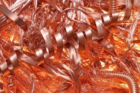 一路上攻!铜价攀升至逾两年高位 供应中断风险加剧