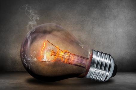 瑞信:电能实业(00006)及长江基建集团(01038)为行业首选 目标价分别为64港元及60港元